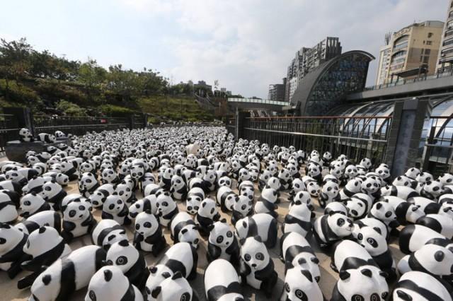 1600 Paper Mache Pandas Invade The City Of Hong Kong-3