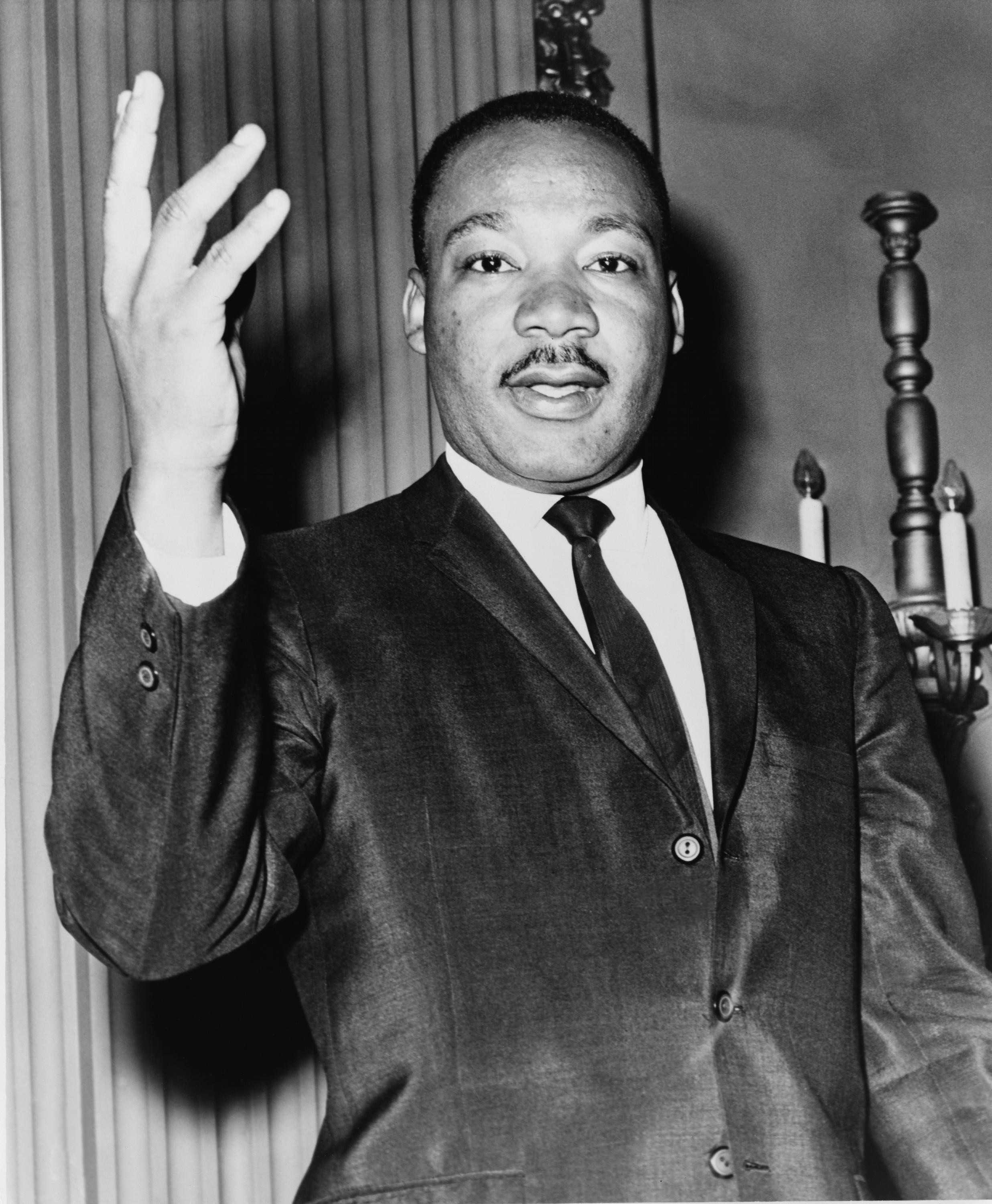 Top 10 Most Powerful Orators Of The 20th Century (Videos)