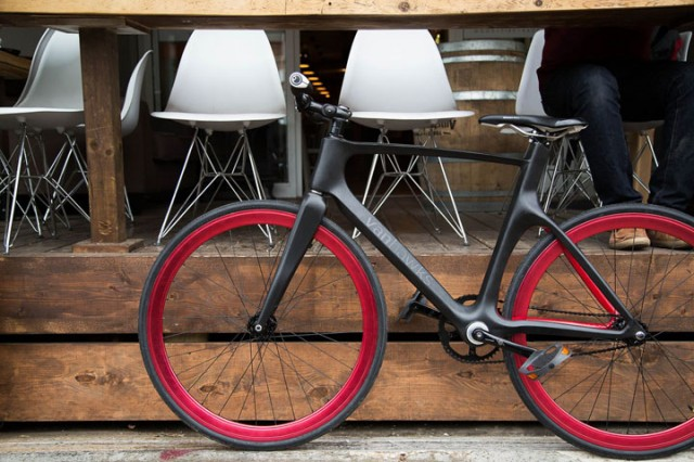 Valour: World's First Connected Bike To Warn You Of Dangers Of Road-1