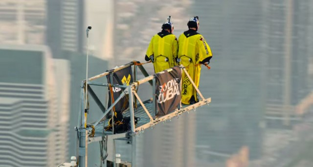 Two French Make World Record By Jumping From World's Highest Tower (Video)-3