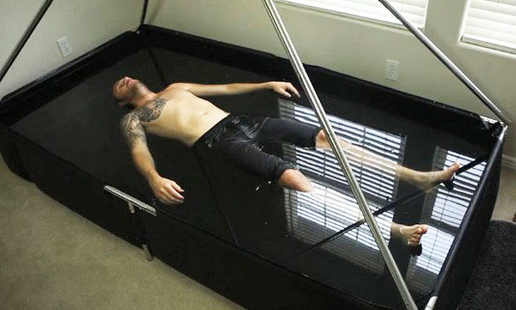 With Zen Float Enjoy Moments Of Sensory Deprivation At Home-2