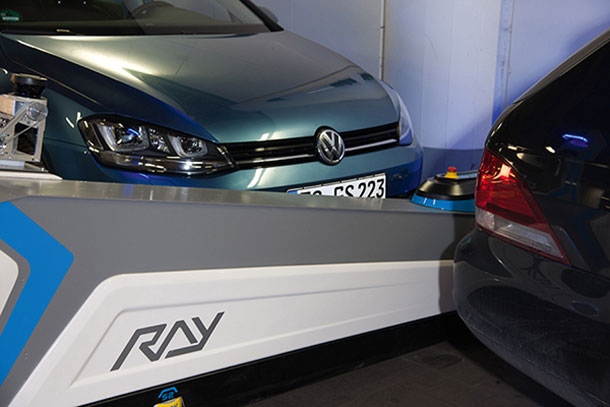 Ray: A Robotic Assistant To park Your Cars At Düsseldorf Airport-1