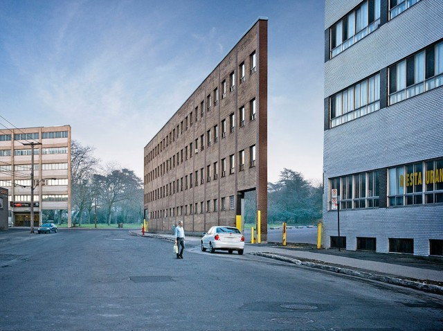 Discover How Our Streets Would Look Like With Buildings Only Having Facades-4