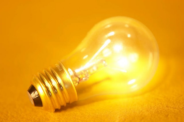 Edison electrical bulb-Top 10 American Engineering Innovations That Changed Our Lives-7