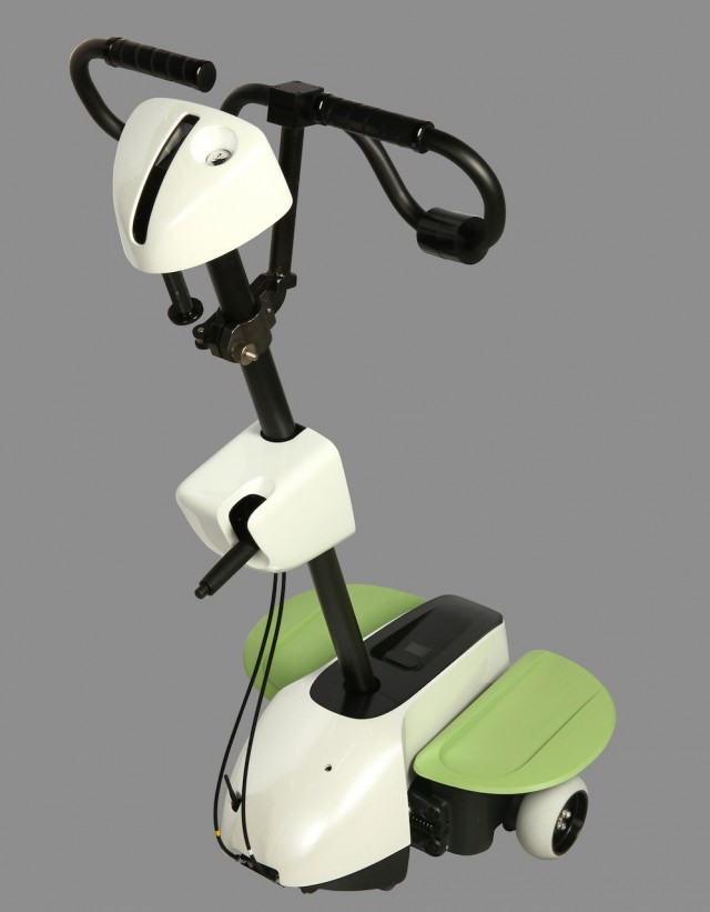 Toyota Robots Assist Paralyzed Patients In The Rehabilitation Of Their Legs-2