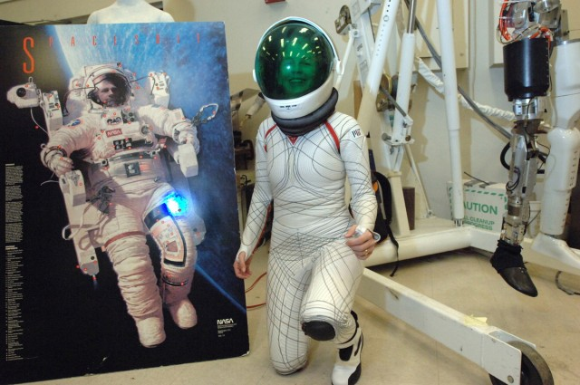 BioSuit: A Revolutionary Skin Tight Space Suit For Astronauts To Move Easily-1