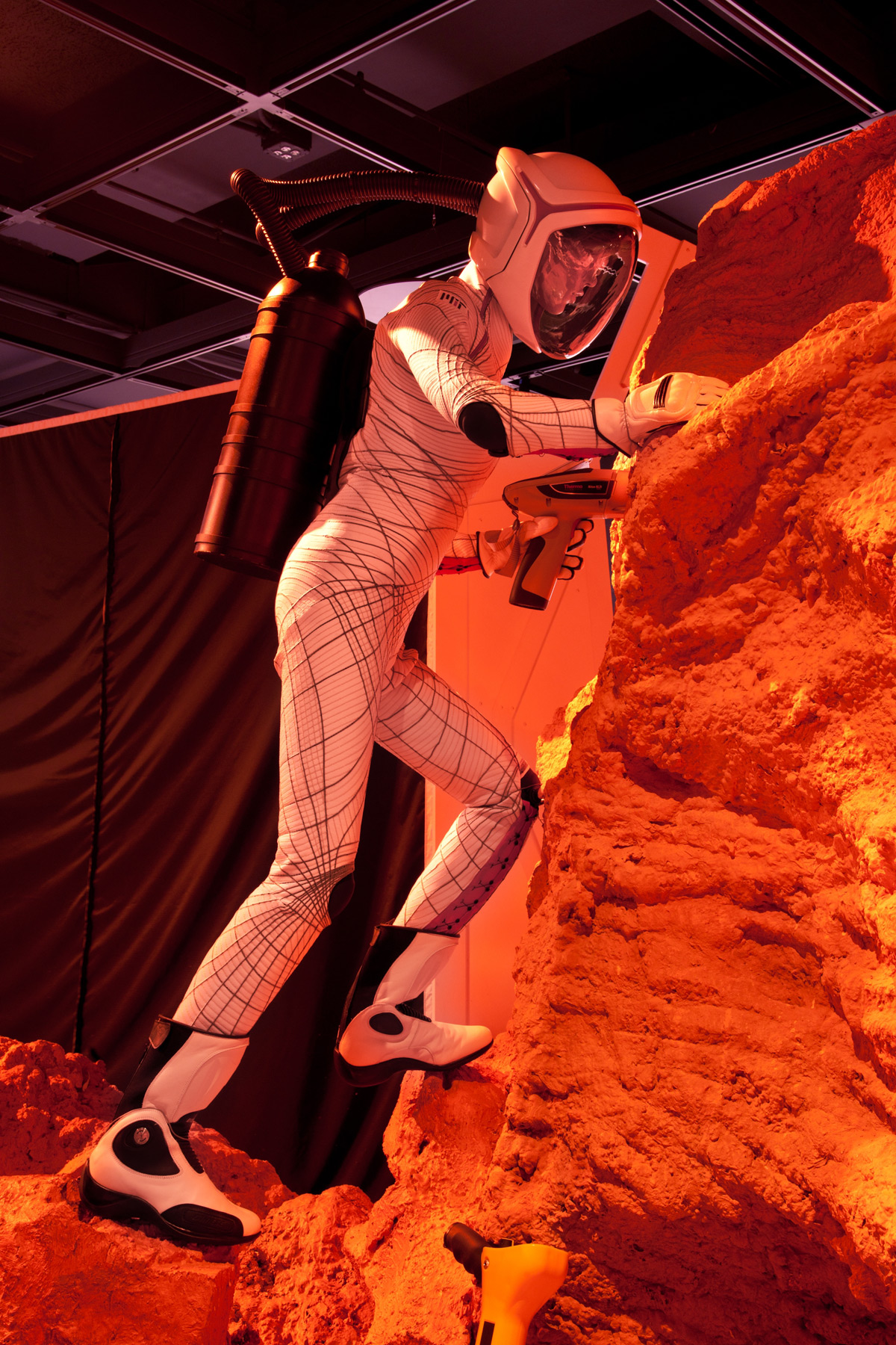 woman in tight space suit - photo #30