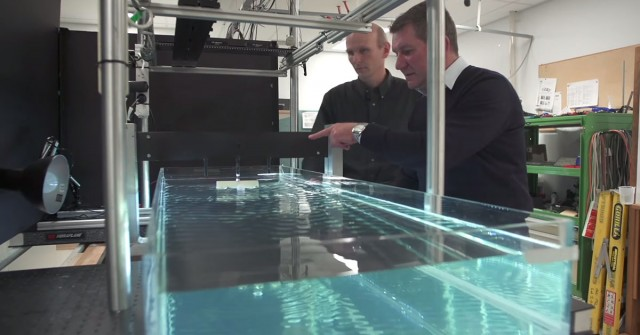 Groundbreaking-Scientists Manipulate Water Waves To Move Objects On A Desired Path-2