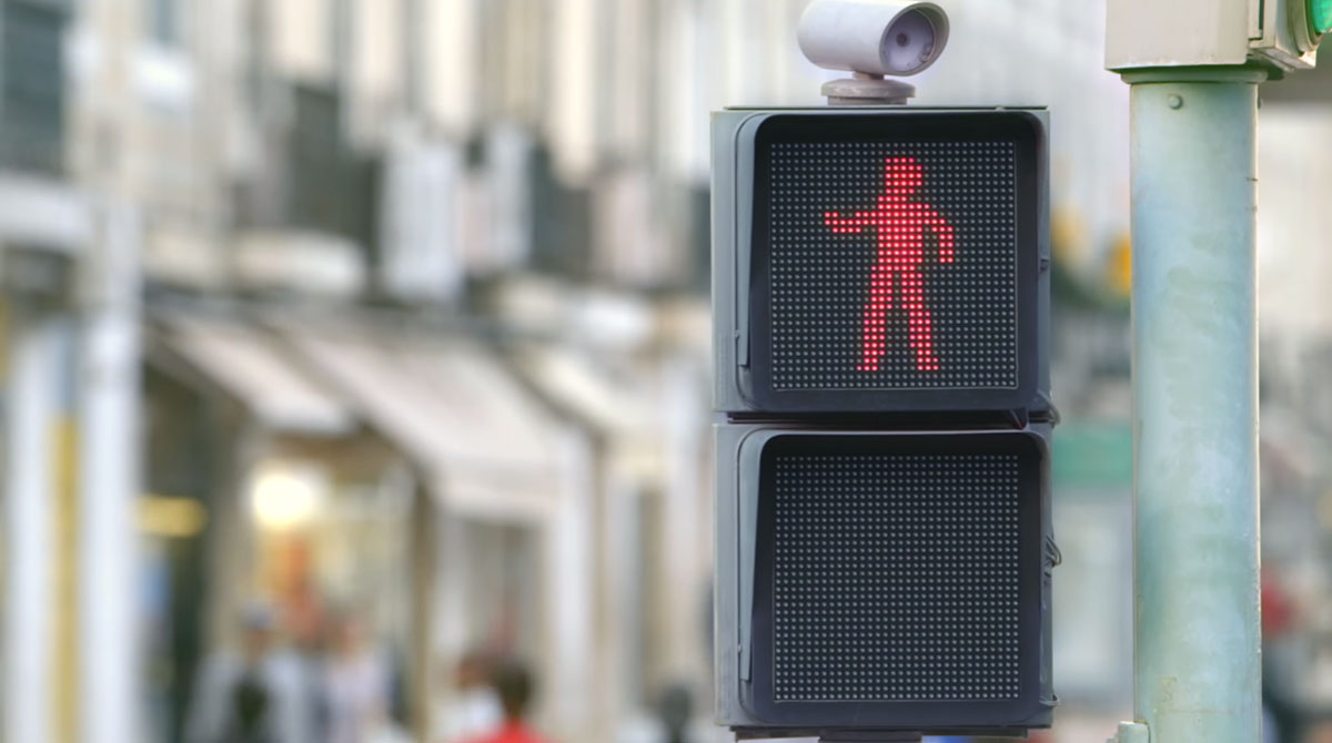 This Little Dancing Red Man Makes Wait For Red Light A Fun-4