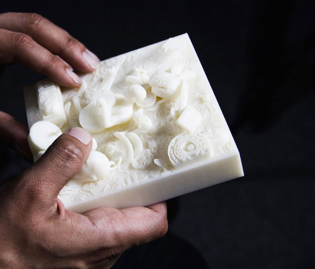 Visually Impaired Can Now Feel Their Memories Thanks To 3D Printing of Pirate 3D-