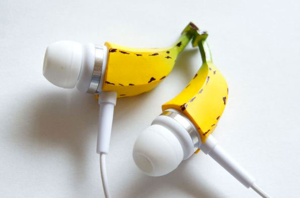 Banana-shaped headphones-20 Stylish Audio Headphones To Enjoy Your Favorite Music-14