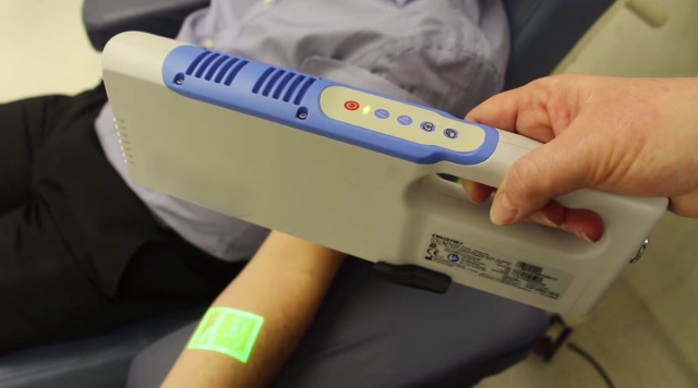 A Revolutionary Device That Relieves Anxiety Of Blood Donation-2