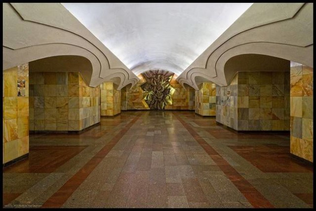 The Architecture And Beauty Of Moscow's Metro System Will Surely Blow You Away-3