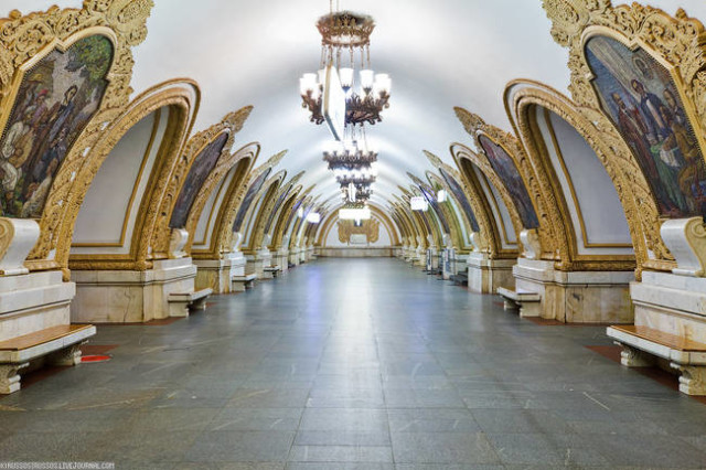 The Architecture And Beauty Of Moscow's Metro System Will Surely Blow You Away-6