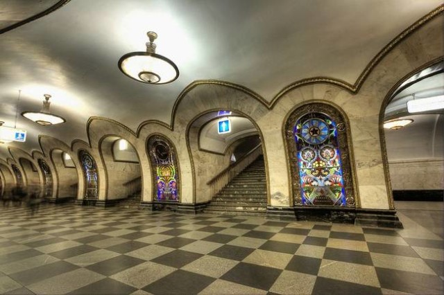 The Architecture And Beauty Of Moscow's Metro System Will Surely Blow You Away-9