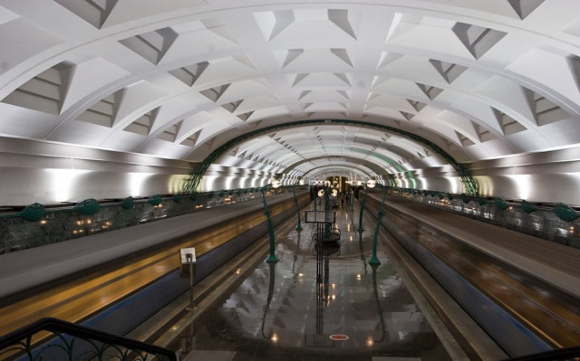 Slavyansky Bulvar station in Moscow, Russia-25 Most Beautiful Subway Stations Around The World (Photo Gallery)-12