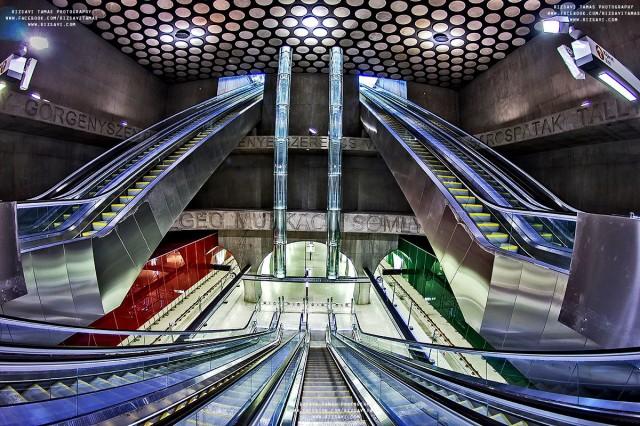 Rakoczi square -25 Most Beautiful Subway Stations Around The World (Photo Gallery)-5
