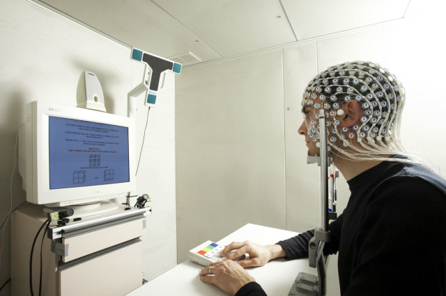 Researchers Develop A Device That Can Read Your Thoughts-1