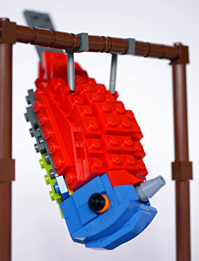 Amazing Bird Models Made Using Simple LEGO Bricks-18