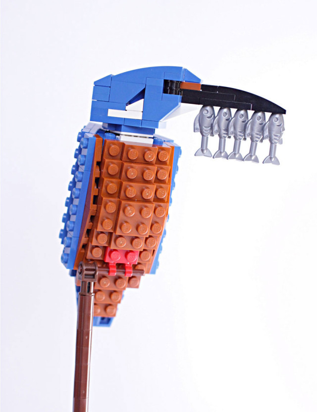 Amazing Bird Models Made Using Simple LEGO Bricks-2