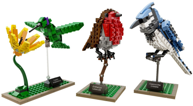 Amazing Bird Models Made Using Simple LEGO Bricks-5