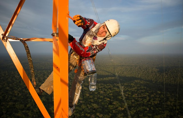 Discover This Gigantic Meteorological Tower Erected In Amazon Rainforest-