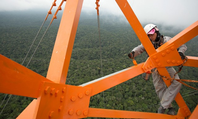 Discover This Gigantic Meteorological Tower Erected In Amazon Rainforest-9