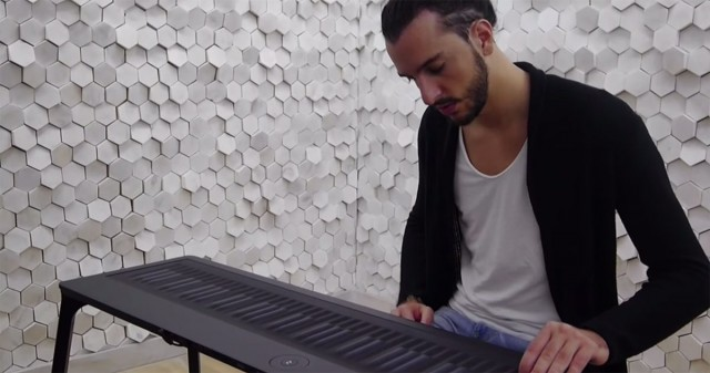 Discover This Unconventional Piano To Compose Melodies By Dragging And Vibrating Your Fingers-5