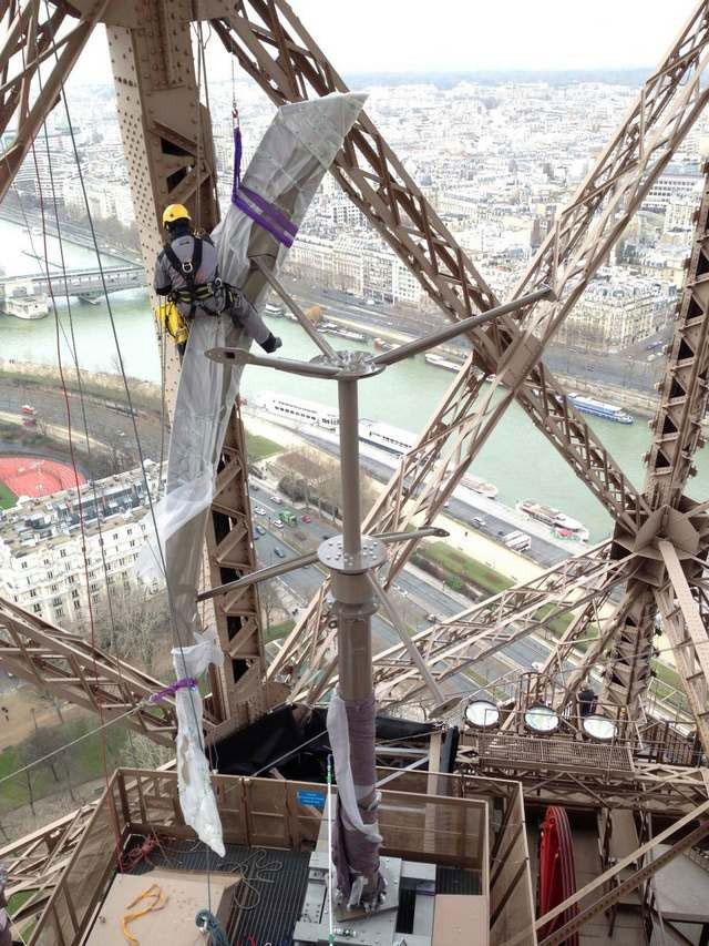 Two Hidden Wind Turbines Will Power First Floor Of Eiffel Tower-1