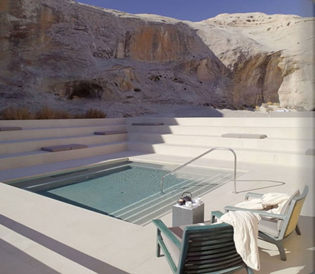 18 Most Sublime Spas Where You Would Love To Relax-11