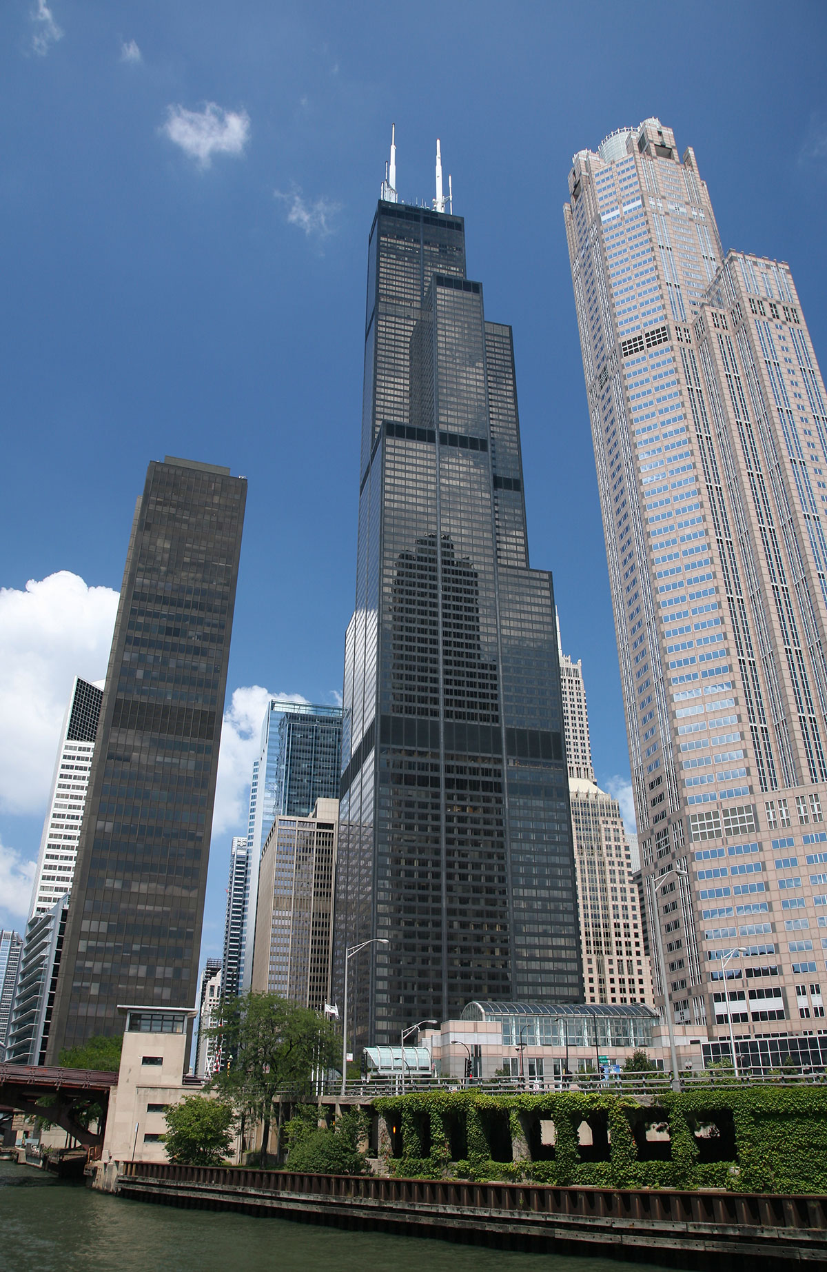 Top 10 Tallest Skyscrapers That Are Engineering Marvels