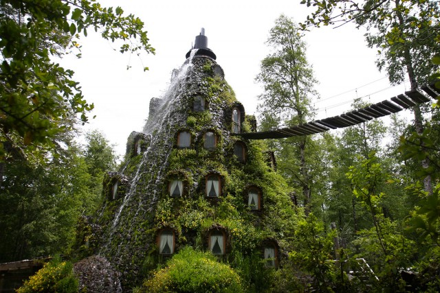 22 Sublime And Unusual Hotels That Will Make You Dreaming-11