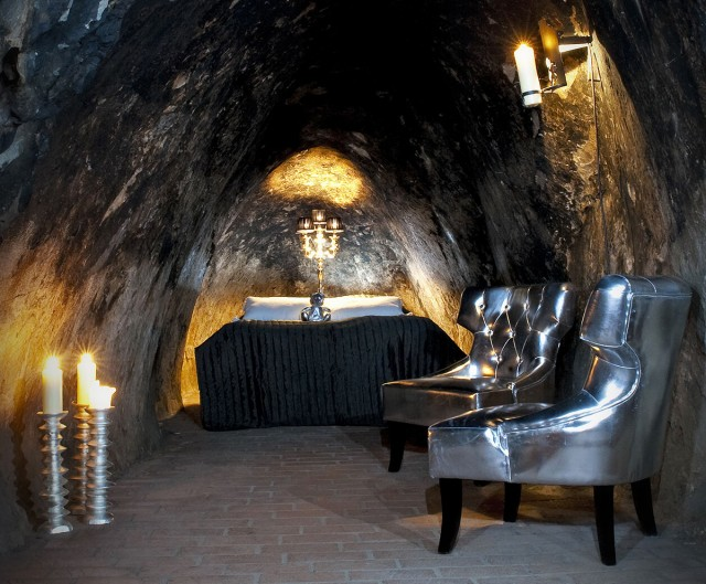 22 Sublime And Unusual Hotels That Will Make You Dreaming-31