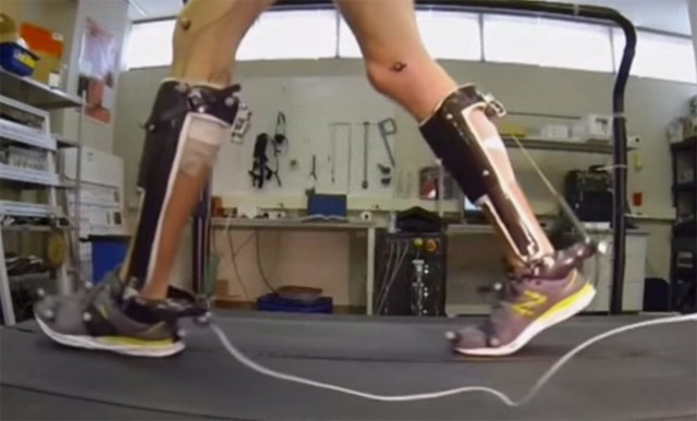 People With Reduced Mobility Can Use This Revolutionary Exoskeleton To Walk-1