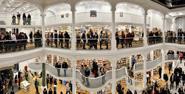 The Elegant Architecture Of This Bookstore Will Surely Blow You Away -6