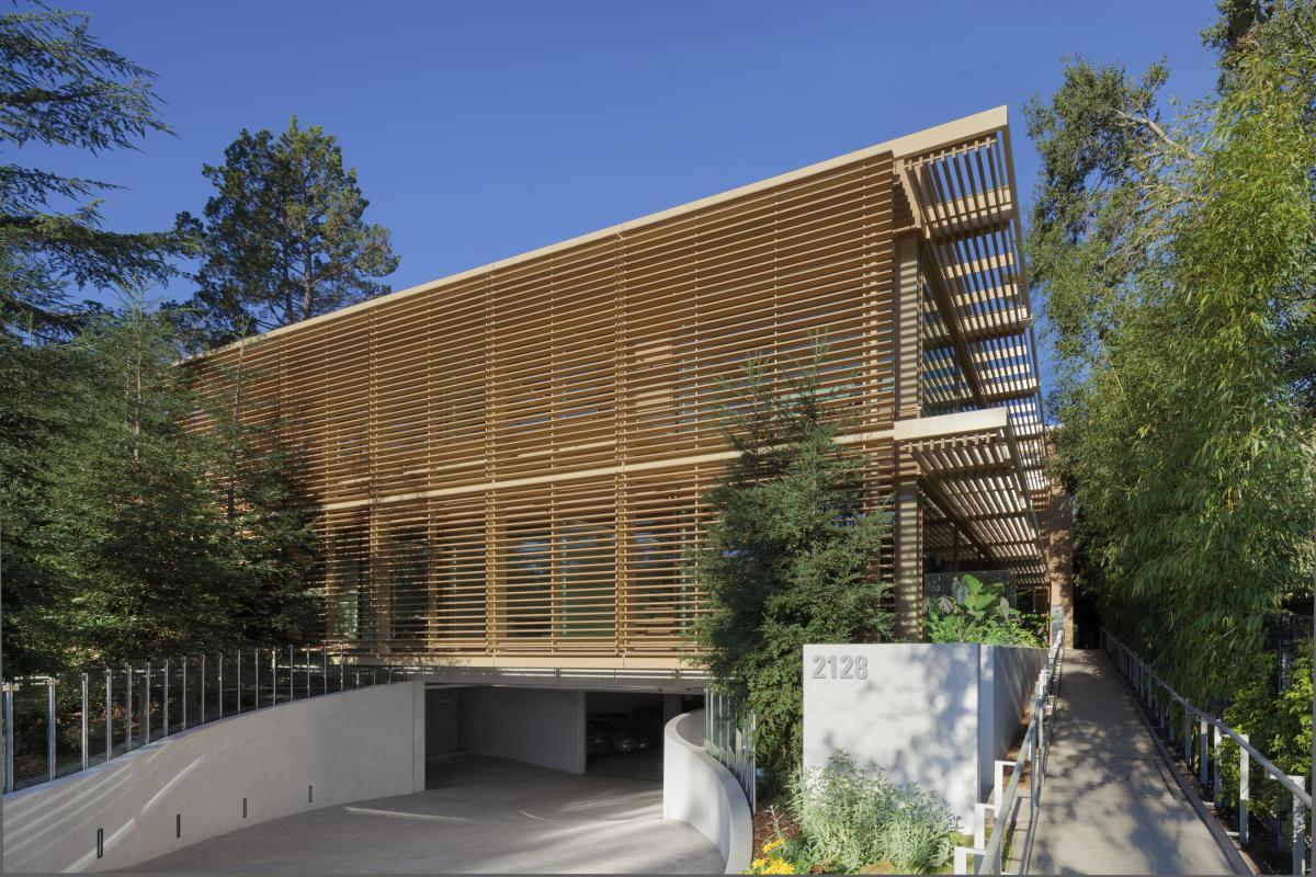 Top 14 Mindblowing Wooden Buildings in US-6