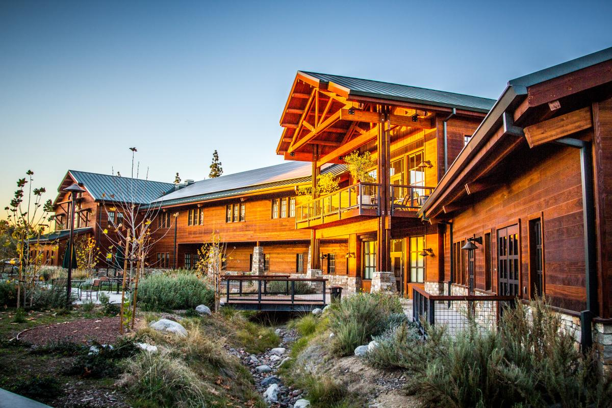 Top 14 Mindblowing Wooden Buildings in US-8