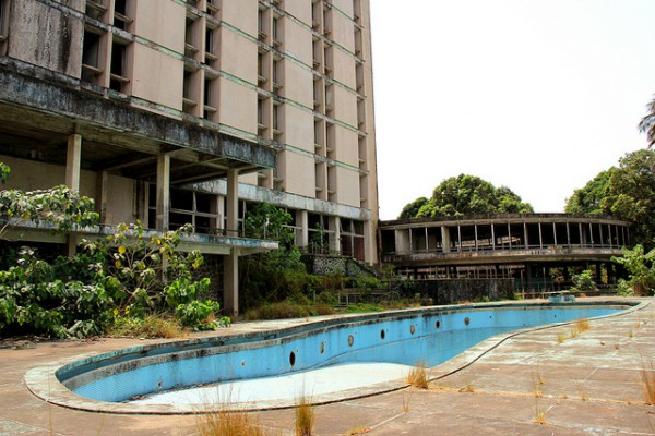 12 Most Creepy Abandoned Hotels For Lovers Of Abandoned Places-17