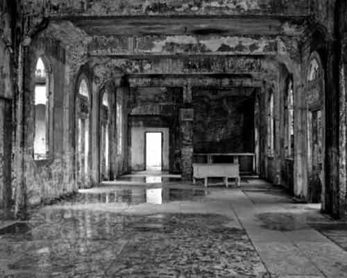 12 Most Creepy Abandoned Hotels For Lovers Of Abandoned Places-4