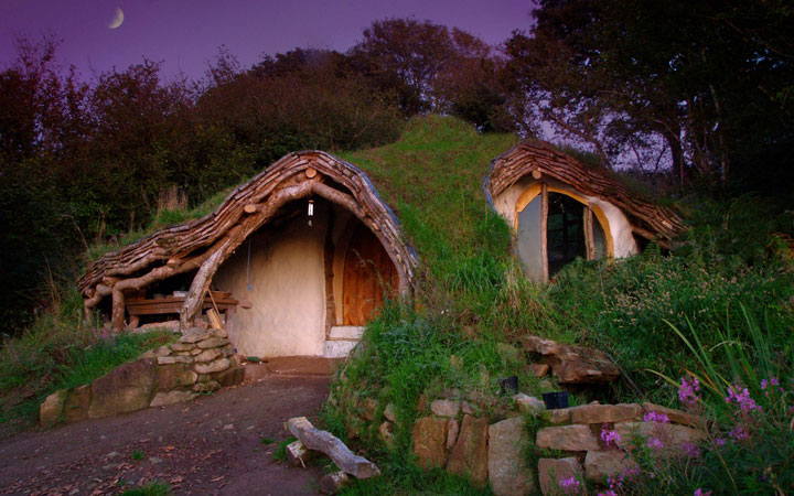 16 Mystical But Real Houses Where You'd Love To Live-