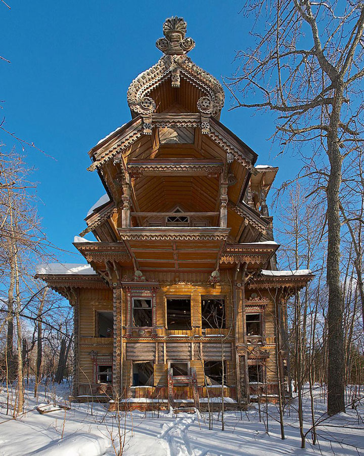 16 Mystical But Real Houses Where You'd Love To Live-18