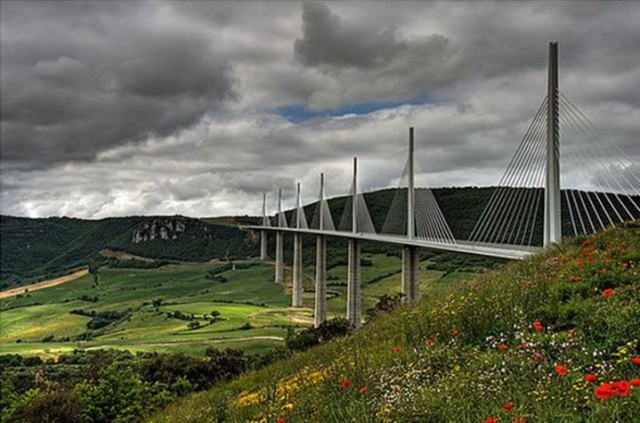 Millau-Viaduct-Bridge-Millau-Beautiful-France
