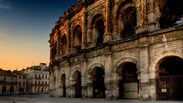 Nîmes-Languedoc-Roussillon-Region-Beautiful-France