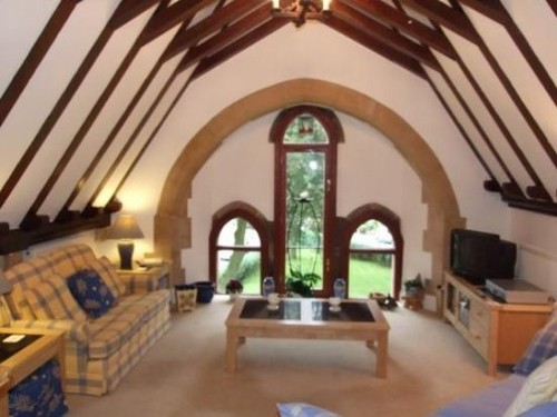 Top 19 Worst Real Estate Photos-