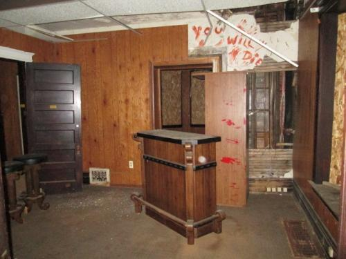 Top 19 Worst Real Estate Photos-11