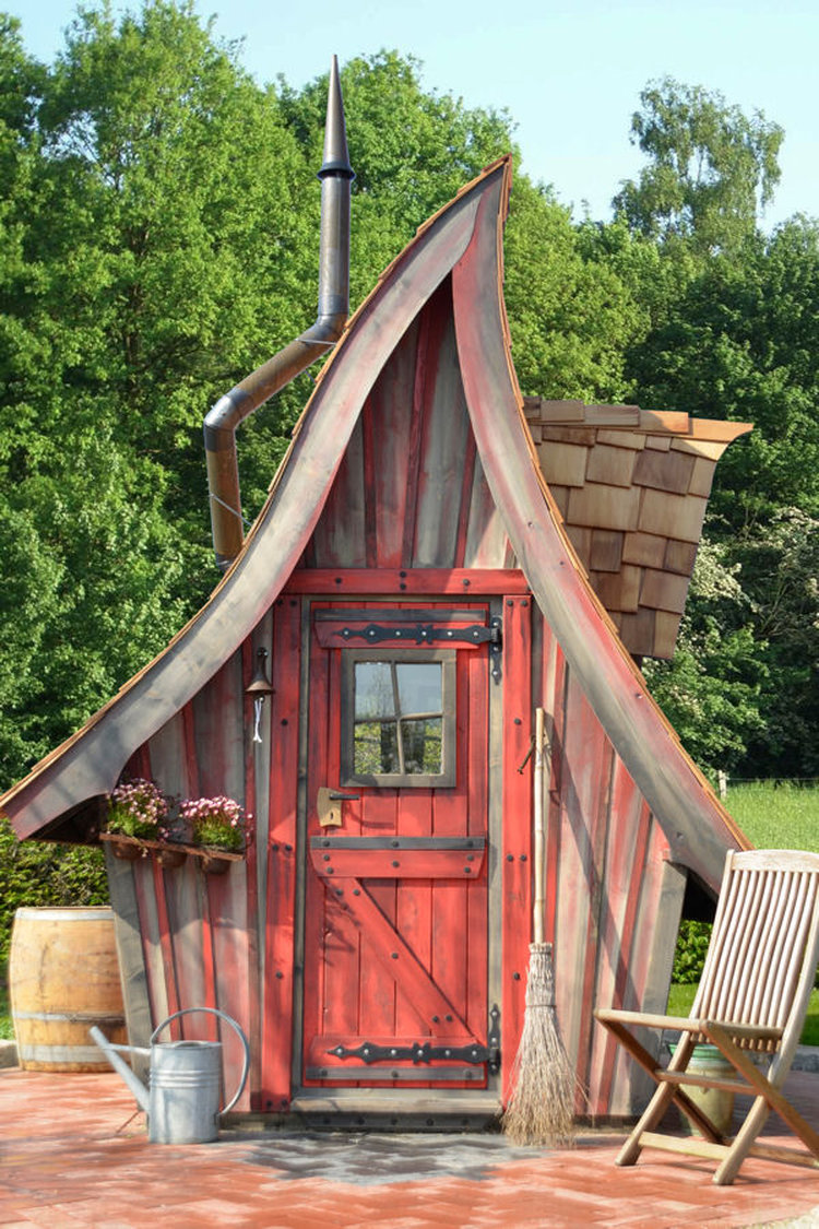 10 Dream Like Wooden Cabins Give New Look To Your Garden-