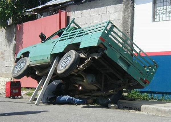 25 Examples Of Worst Engineering Safety Practices-11