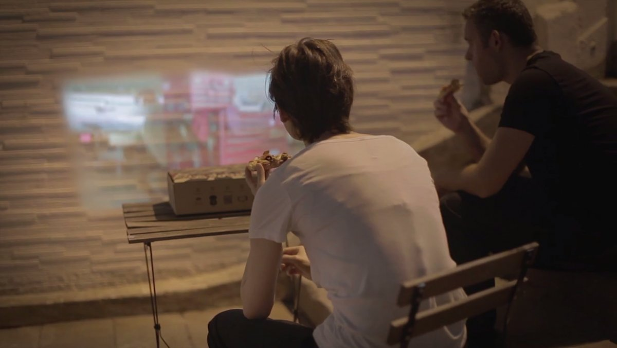Make A Real Movie Projector From Pizza Hut's New Box Using Smartphone-3