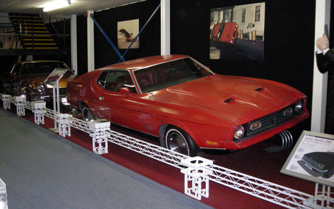 10 Dream Cars Without Which Bond Would Never Have Become James Bond-5