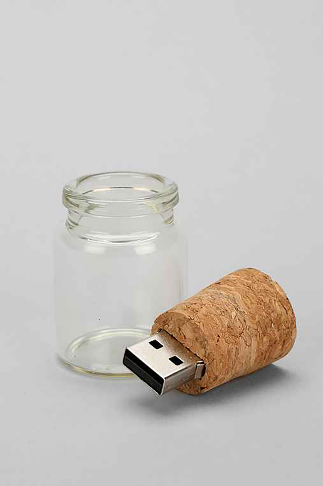 15 Most Surprising USB Designs From The Geek World-1